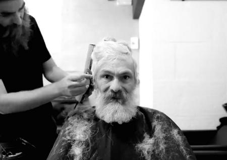 SDF chez le barbier